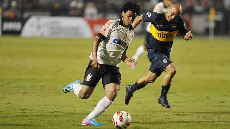 Corinthians e Boca Juniors, pela copa Libertadores, no estádio Pacaembu em São Paulo