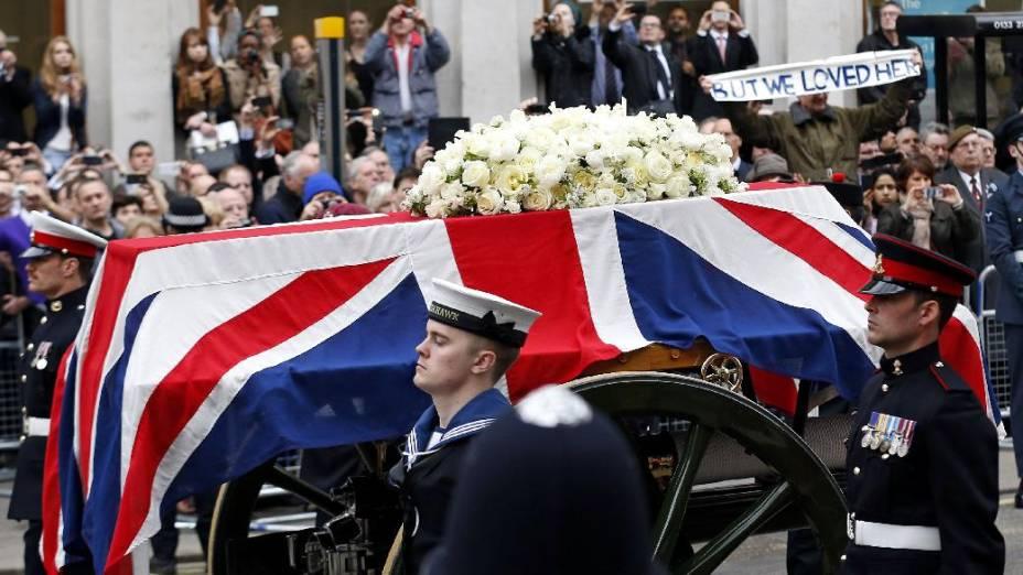 Cortejo fúnebre da ex-primeira-ministra britânica Margaret Thatcher, que seguiu rumo à Catedral de Saint Paul