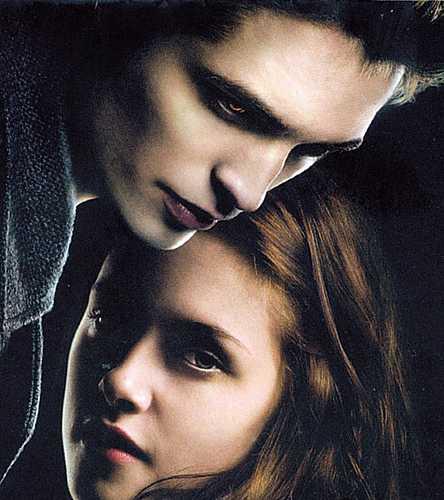 Se os carinhos entre o casal ultrapassassem um beijo, Bella também se tornaria uma morta-viva.