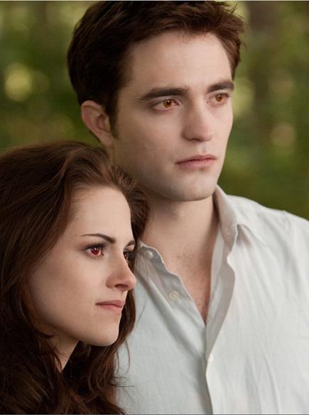 Kristen Stewart e Robert Pattinson no filme Crepúsculo: Amanhecer - Parte 2