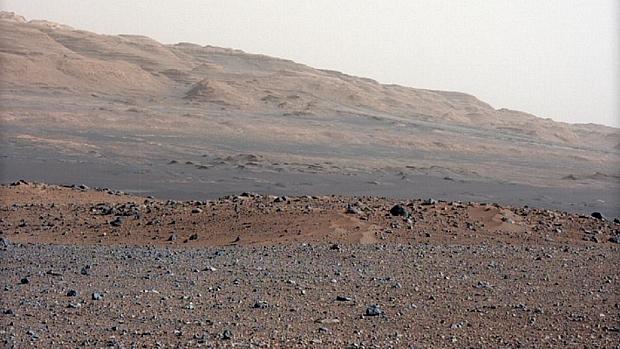 <p>Novas imagens do Curiosity mostram Marte em alta resolução</p>