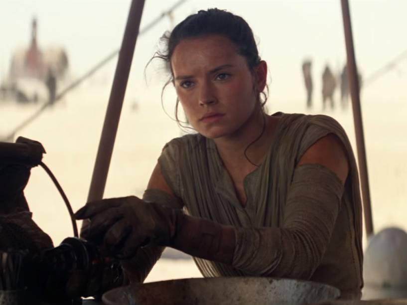 Daisy Ridley como Rey em 'Star Wars - O Despertar da Força'