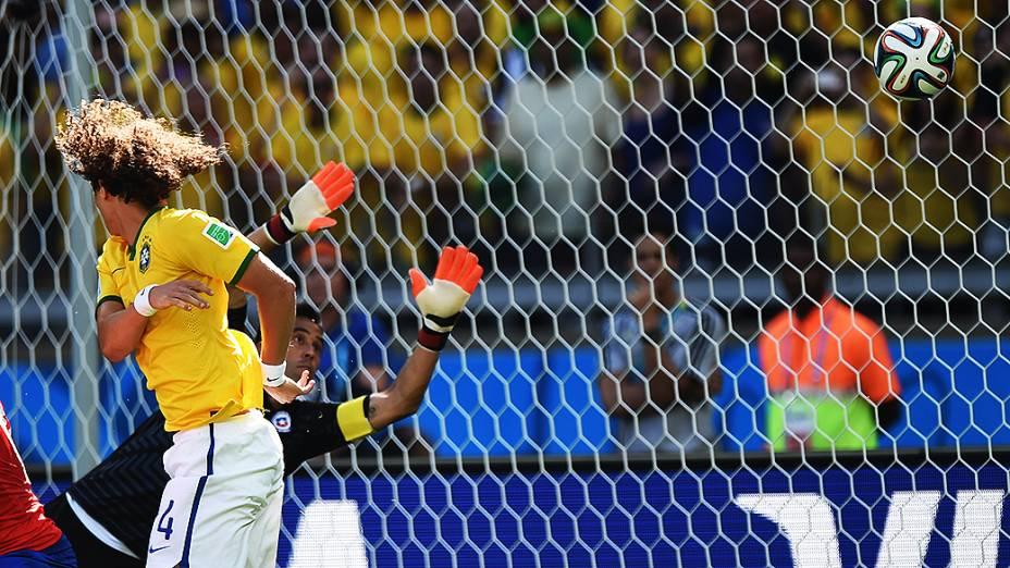 Gol de David Luiz na Copa do Mundo