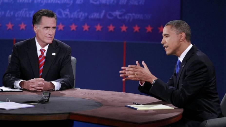 Obama e Romney se enfrentam em debate eleitoral na Flórida