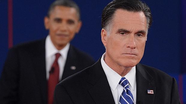 Romney em momento tenso durante o segundo debate presidencial