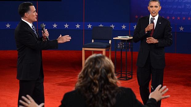 Romney e Obama tiveram momentos de embate no encontro desta terça