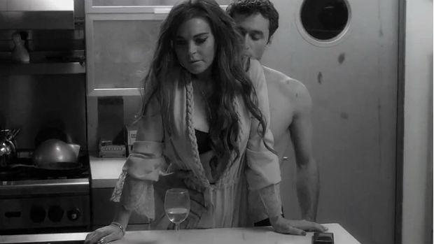 James Deen em cena de <em>The Canyons </em>ao lado de Lindsay Lohan