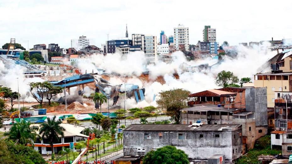 Implosão do estádio estádio Fonte Nova, em Salvador
