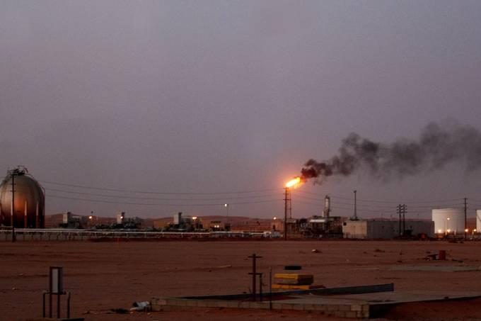 deserto-oil-arabia-saudita-20120713-original.jpeg