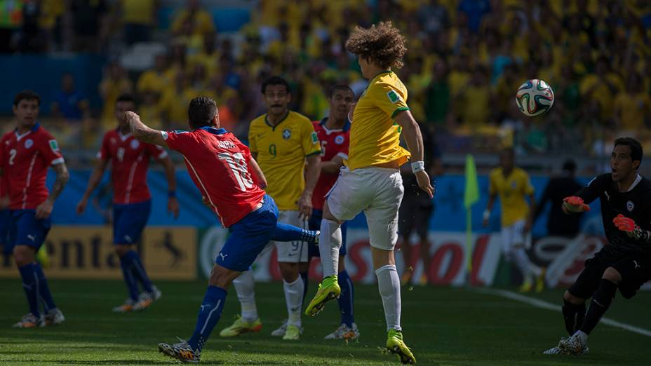 Lance do gol do Brasil contra o Chile