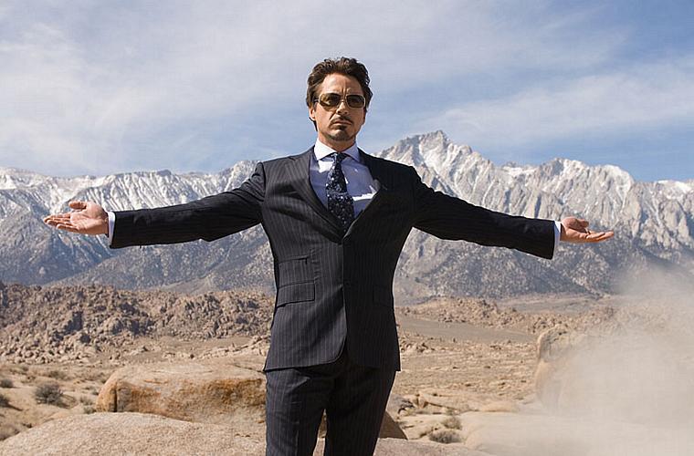 Como o bilionário Tony Stark, em participação especial em <em>O Incrível Hulk</em> (2008).