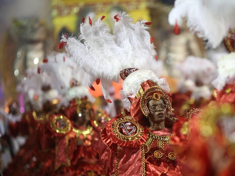 Desfile da Dragões da Real, durante o segundo dia de desfiles das escolas de samba do Grupo Especial de São Paulo, no Anhembi