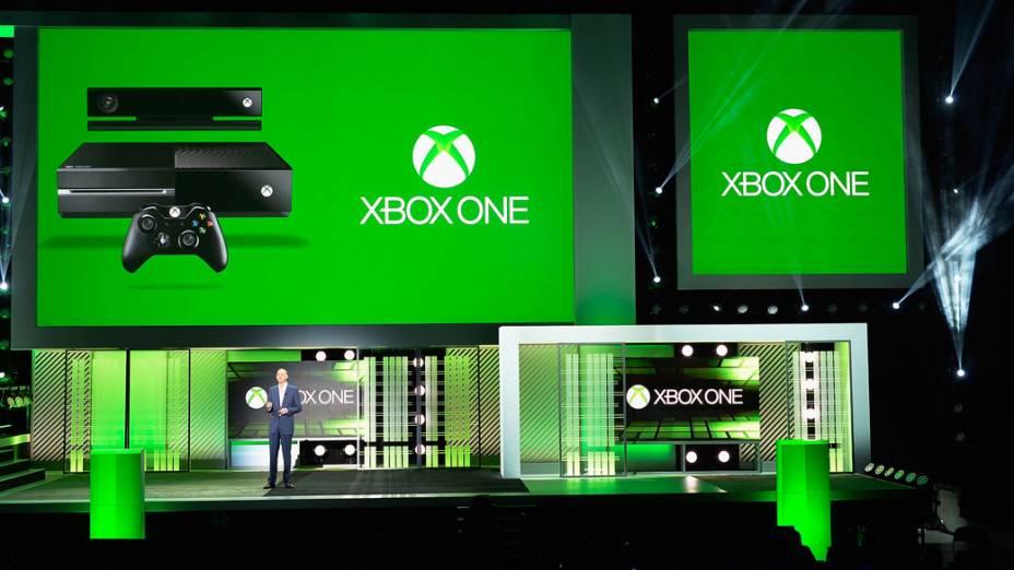 Phil Spencer, vice-presidente da Microsoft Games Studio, fala sobre o novo Xbox 360 durante coletiva de imprensa no E3, em Los Angeles