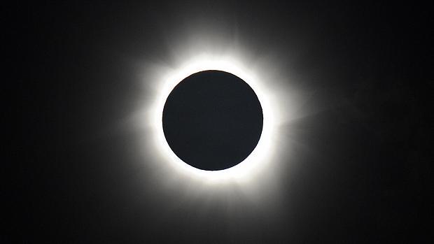 Eclipse total do sol encanta os australianos