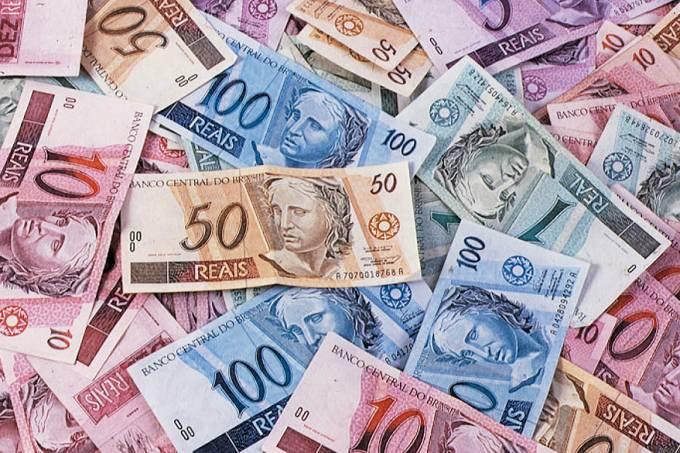 economia-especial-brasil-planos-economicos-anuncio-plano-real-fhc-20010424-007-original.jpeg