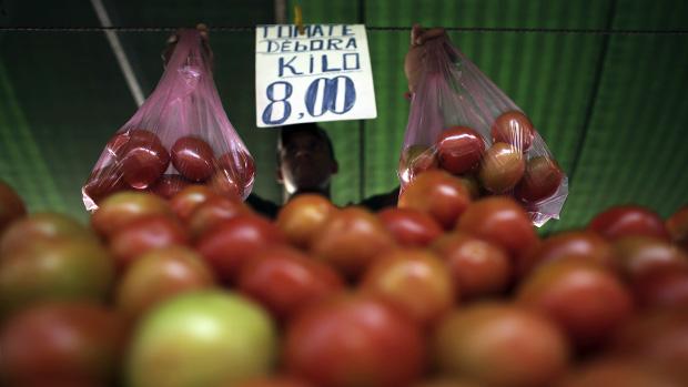 Na última semana de novembro, os economistas ouvidos pelo BC previram inflação de 10,38% em 2015 e 6,64% em 2016