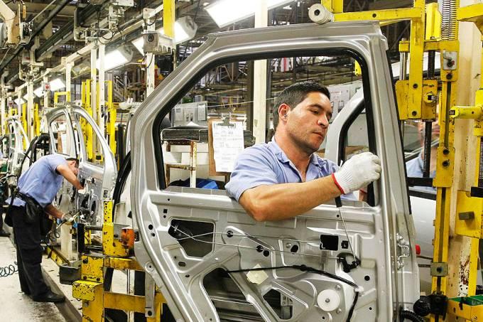 economia-montadora-renault-sao-jose-dos-pinhais-20120802-01-original.jpeg