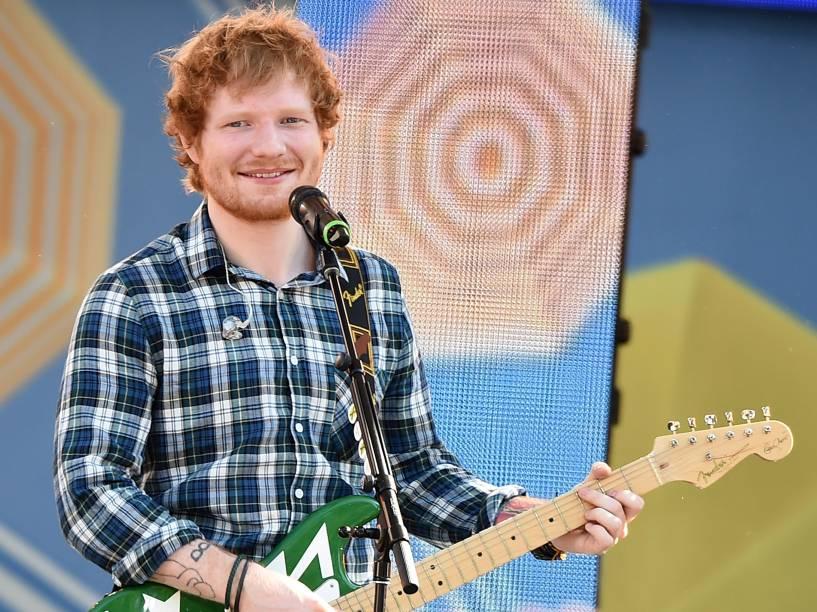 Ed Sheeran se apresenta no Central Park, Nova York, em 2015