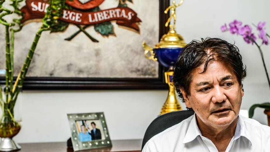 Toshio Toyota, prefeito de Novo Horizonte (SP), afirma que procurou um secretário de educação que não tivesse ligações com grupos políticos