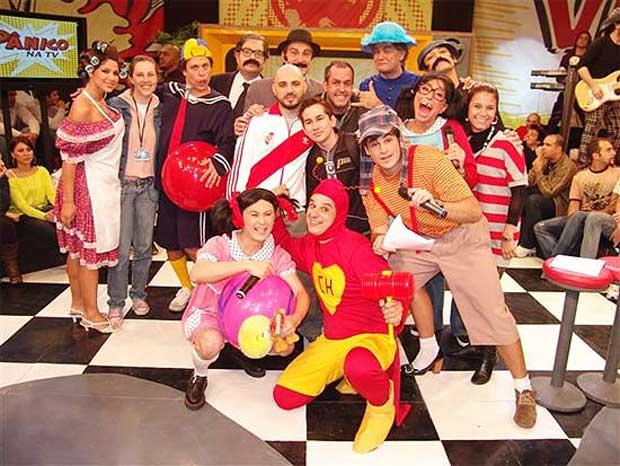 Equipe do programa Pânico na TV, quando era exibido aos domingos na Rede TV!