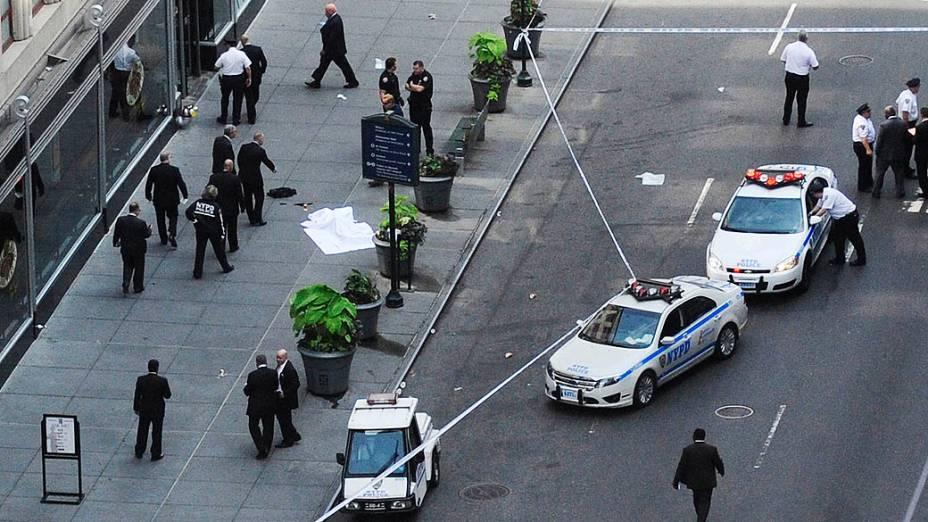 Tiroteio em frente ao Empire State Building, em Nova York, deixou dez feridos e dois mortos, entre eles o atirador