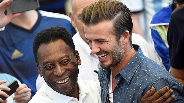 David Beckham e Pelé no encerramento da Copa do Mundo, no Rio de Janeiro