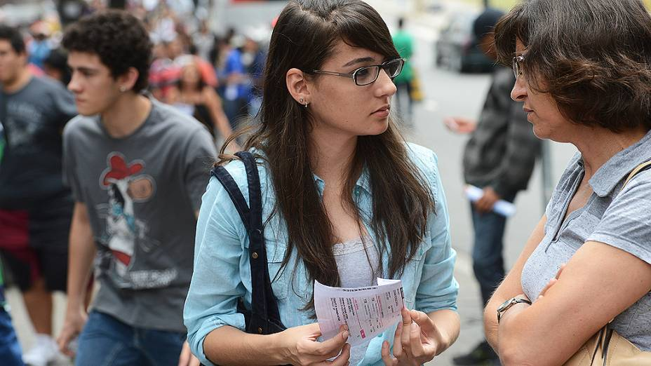 Estudantes no segundo dia de provas do Enem na Uninove, em São Paulo