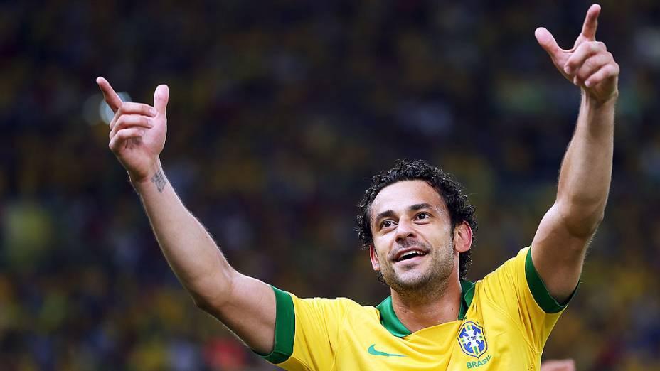 Fred comemora gol no estádio Maracanã durante final da Copa das Confederações entre Brasil e Espanha, no Rio de Janeiro