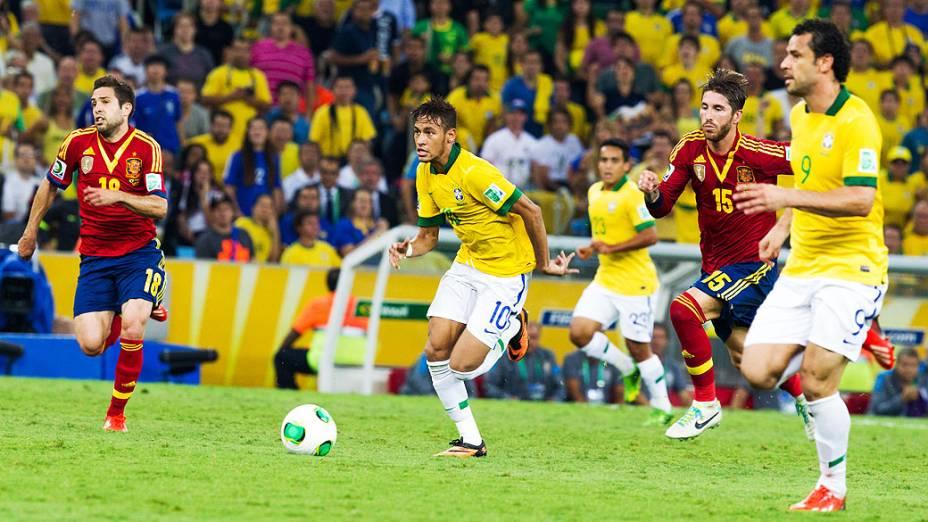 Neymar durante jogo no estádio Maracanã durante final da Copa das Confederações entre Brasil e Espanha, no Rio de Janeiro