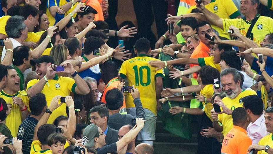 Neymar no estádio Maracanã durante final da Copa das Confederações entre Brasil e Espanha, no Rio de Janeiro
