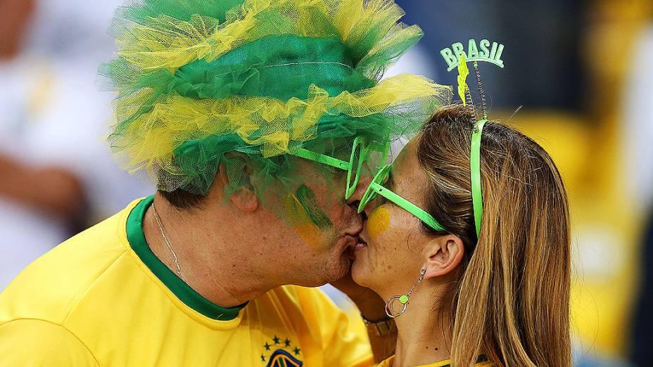 Torcedores no estádio do Maracanã durante final da Copa das Confederações entre Brasil e Espanha, no Rio de Janeiro