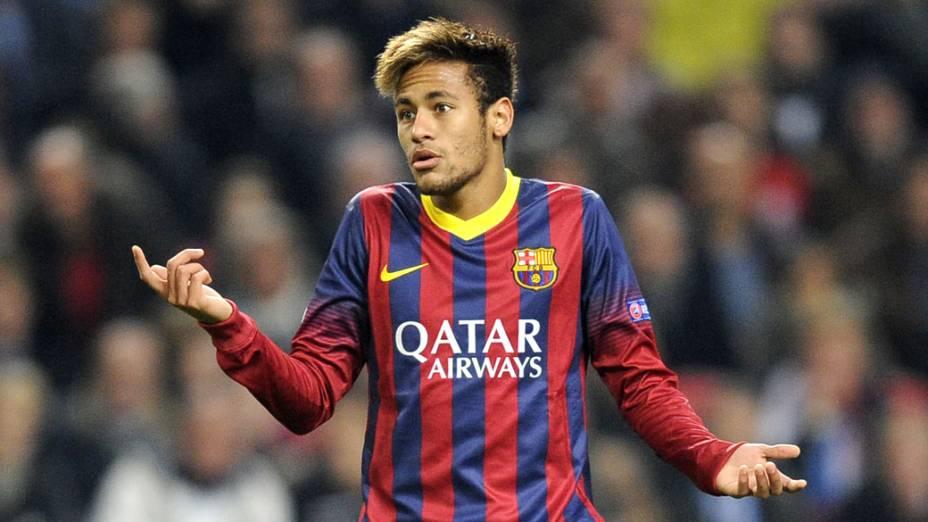 Neymar durante o jogo contra o Ajax, pela Liga dos Campeões na Holanda
