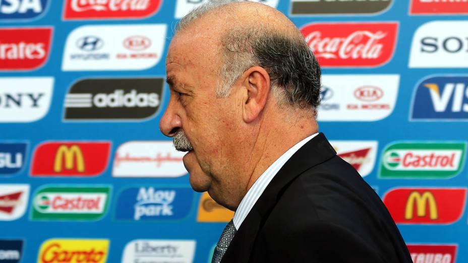 Técnico da Espanha, Vicente del Bosque chega pra o sorteio da Copa do Mundo de 2014