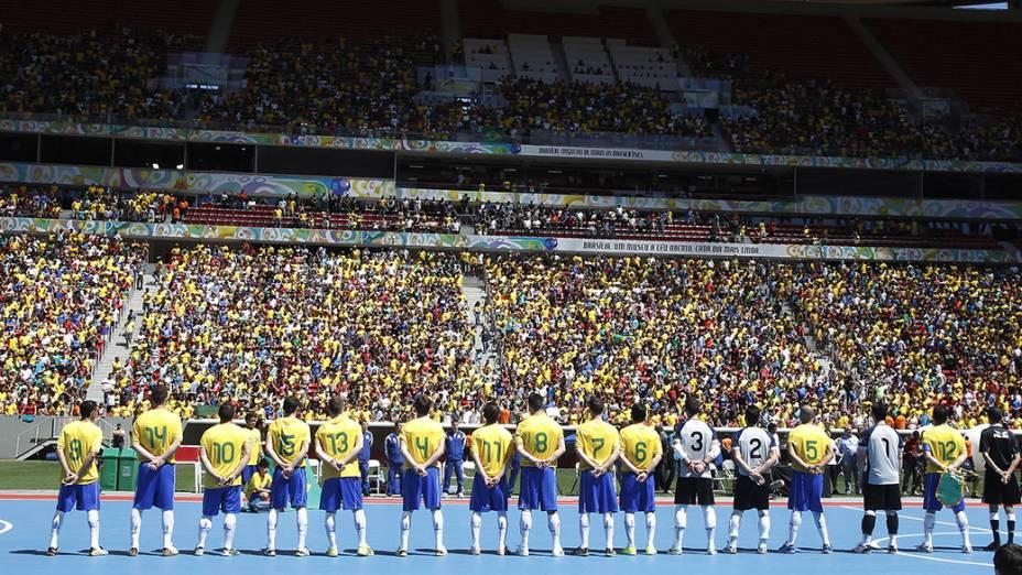 Estádio estava quase lotado e registrou recorde mundial de público