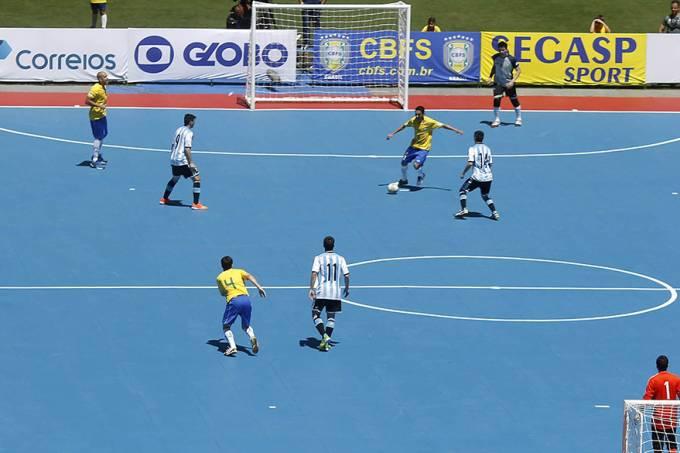 esporte-futsal-brasil-argentina-20140907-21-original.jpeg