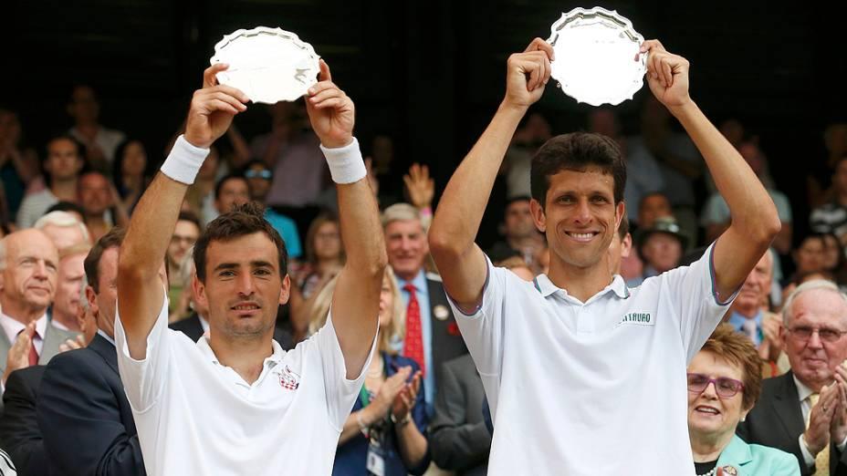 O croata Ivan Dodig e o brasileiro Marcelo Melo ficaram com vice no torneio de duplas em Wimbledon após serem derrotados por 3 sets a 1 pelos americanos Bob e Mike Bryan