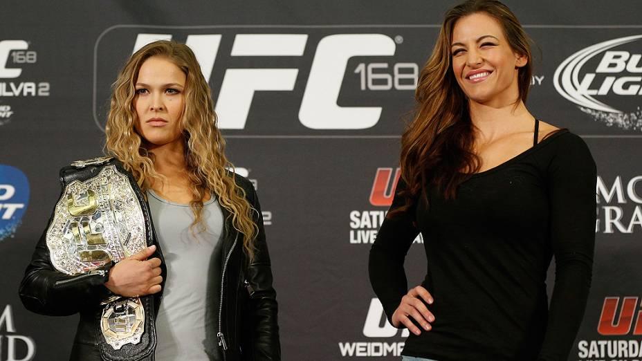 Ronda Rousey e Miesha Tate durante entrevista coletiva do UFC 168 em Las Vegas
