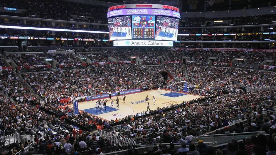 Além dos times de basquete Clippers e Lakers, o Staples Center é a casa do time de hóquei Los Angeles Kings