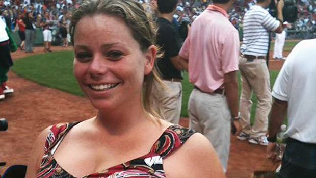 Krystle Campbell 29 anos, está entre as vítimas fatais do ataque terrorista ocorrido durante a Maratona de Boston