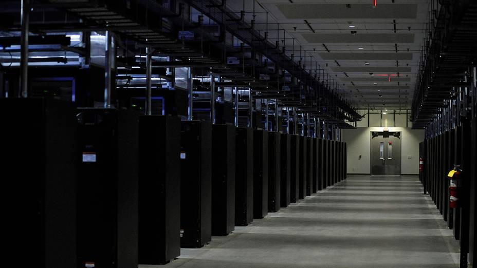 Facebook revela novos servidores em abril de 2012, localizados na Carolina do Norte, EUA