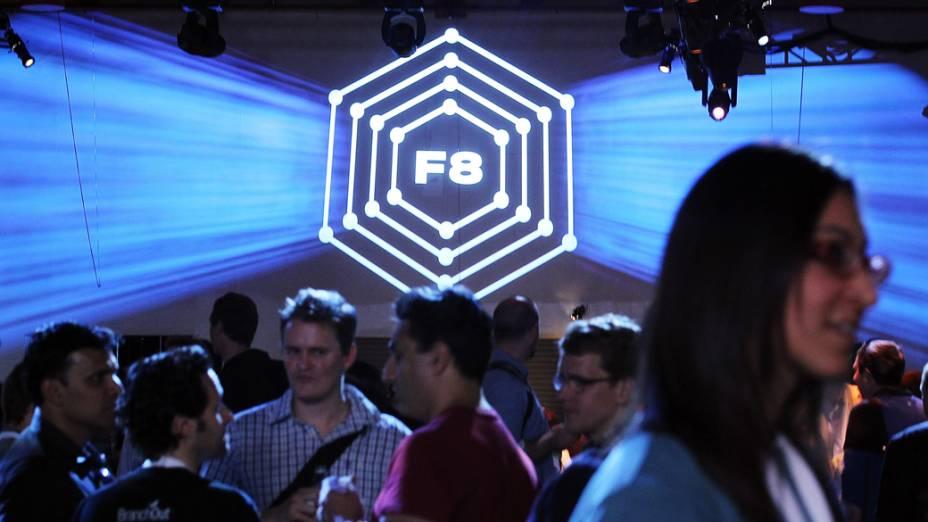 Milhares de desenvolvedores participaram do F8, conferência anual da empresa que revela novos recursos à rede
