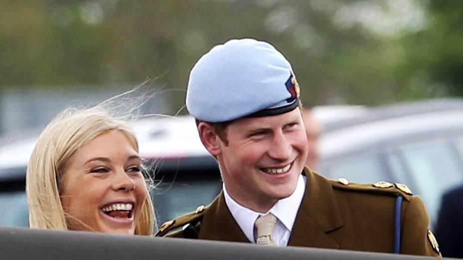 Em 2007, Harry se envolveu em uma confusão com a imprensa após fazer a namorada Chasy Davy esperar por mais de 40 minutos no aeroporto em Londres