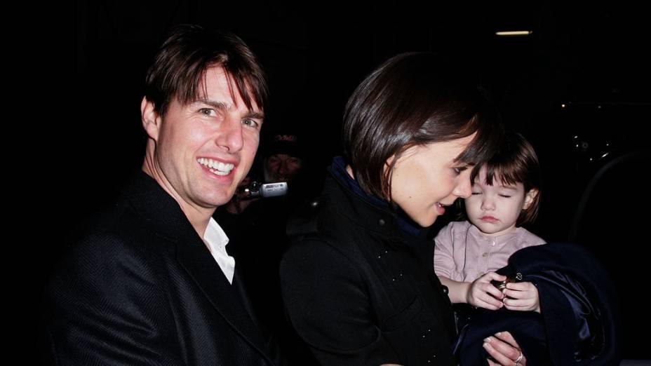 Katie Holmes e Tom Cruise em Nova York com sua filha Suri em 2008<br>  <br><br>