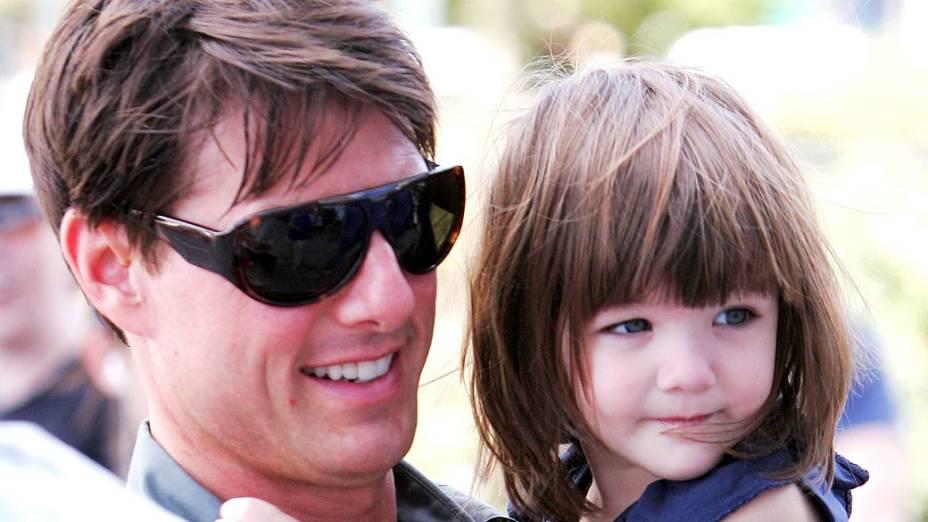Tom Cruise e Suri Cruise visto nas ruas de Manhattan