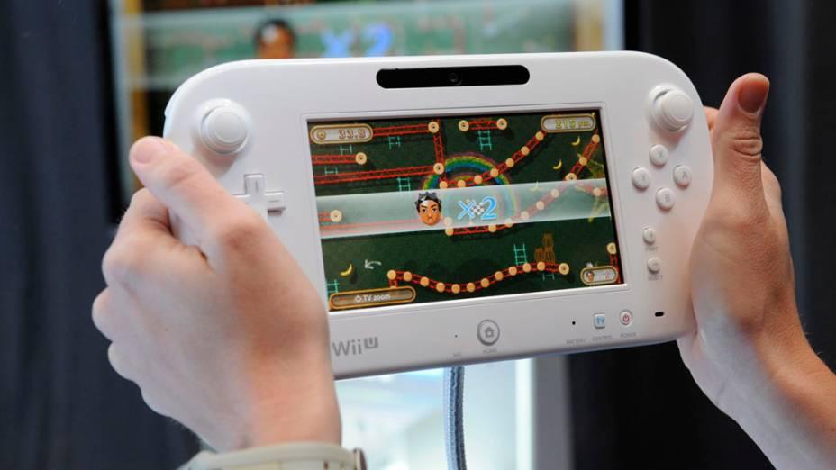 Demosntração do novo Wii U GamePad apresentado na feira na Electronic Entertainment Expo, Los Angeles