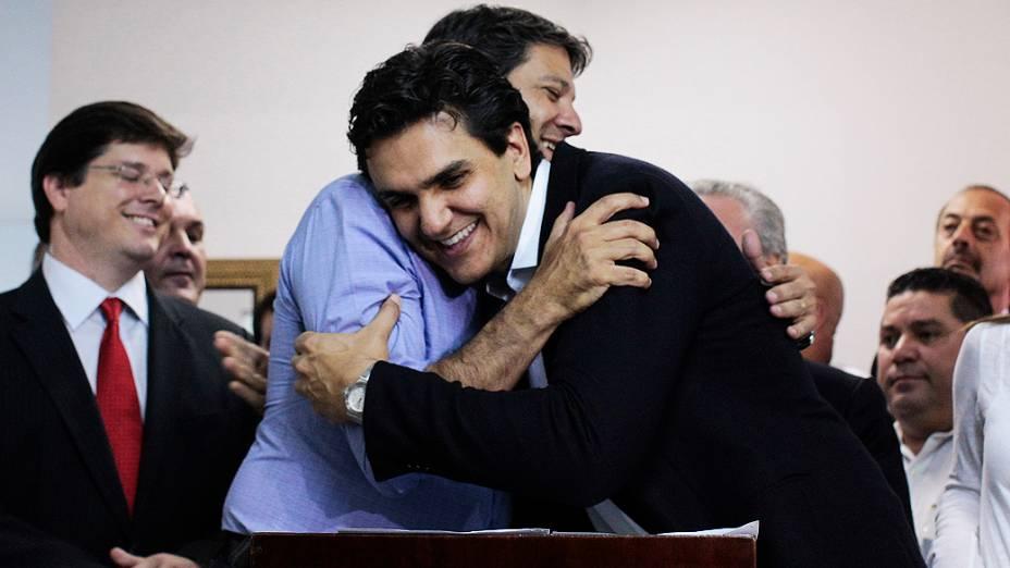 O candidato do PT à Prefeitura de São Paulo, Fernando Haddad recebe o apoio de Gabriel Chalita, do PMDB