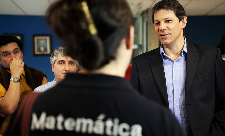O candidato à prefeitura de São Paulo pelo PT, Fernando Haddad, visita o IFSP-SPO - Instituto Federal de Educação, ciência e tecnologia de São Paulo