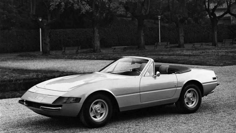 Raro conversível produzido na década de 1970, a 365 GTS/4 Daytona Spyder teve apenas 122 unidades fabricadas
