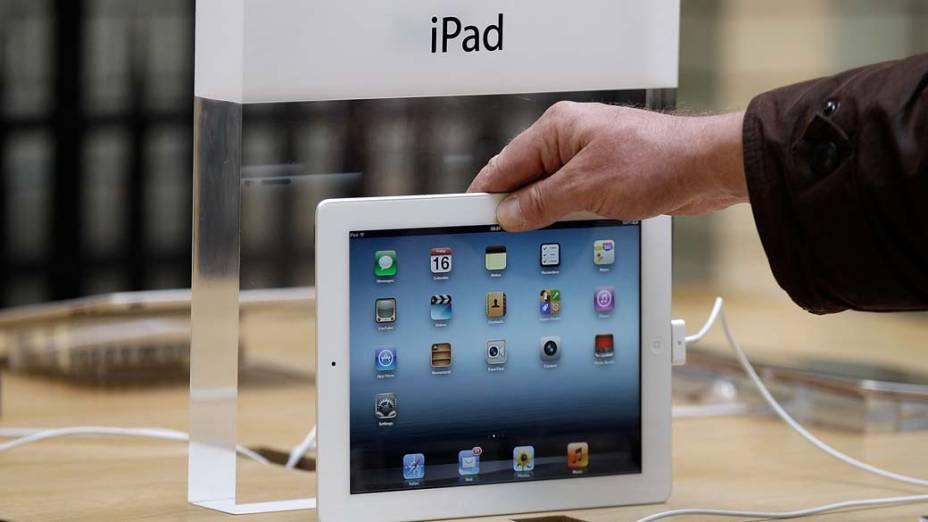 Demonstração do novo Ipad, na Apple store de Londres