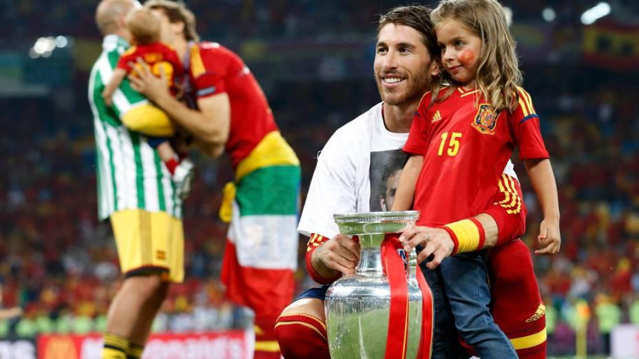 Sergio Ramos comemora o título da Eurocopa